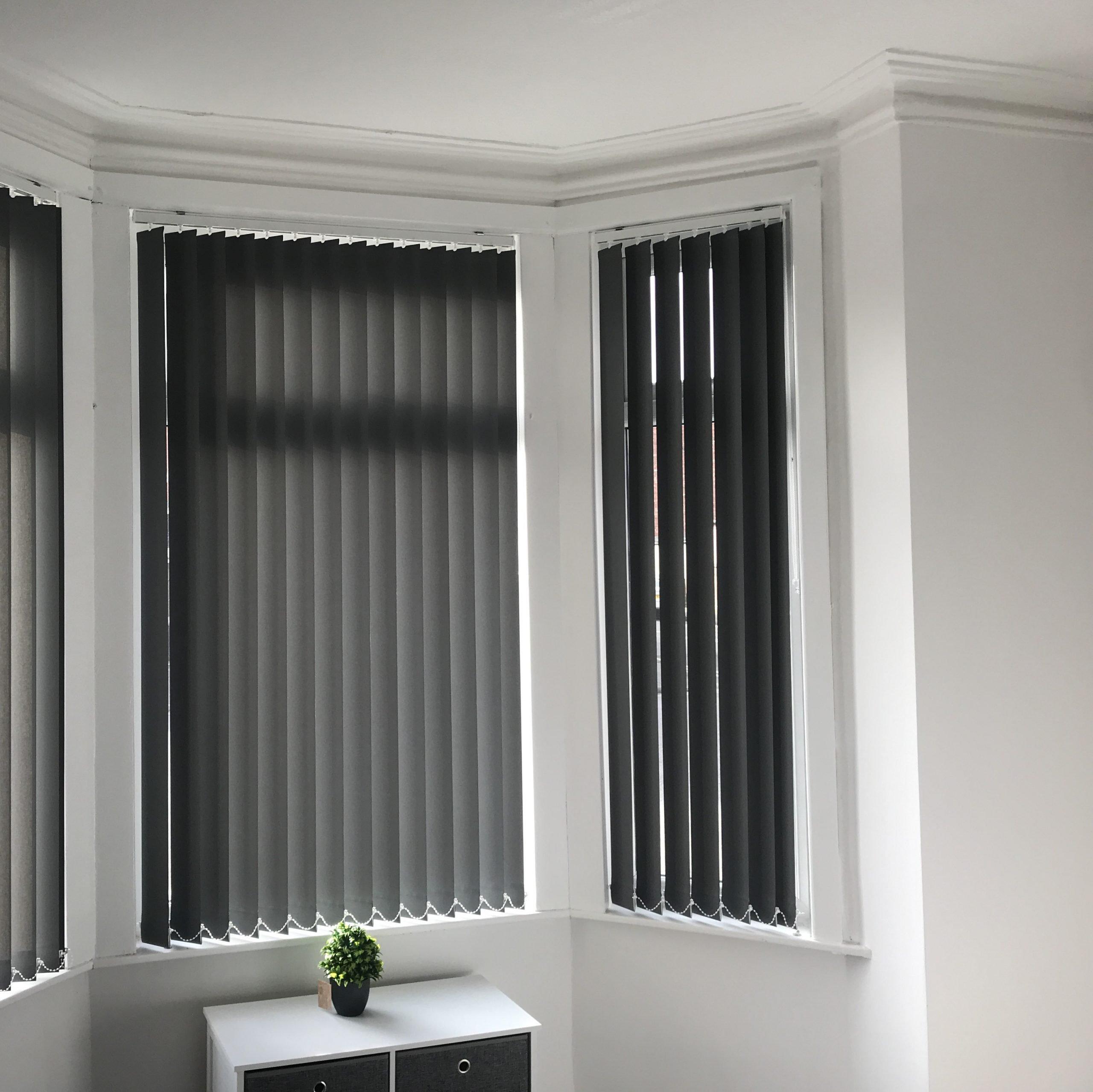 black-vertical-blind