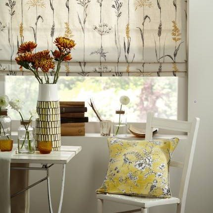 chair-flowers-blinds